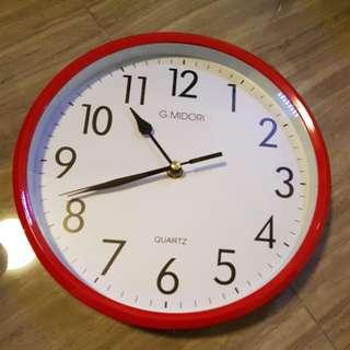 Red White Clock