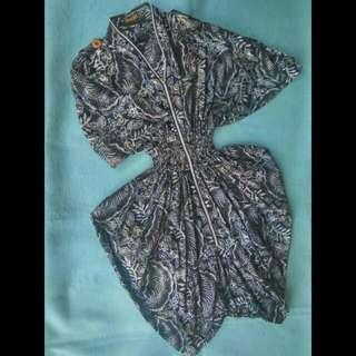 Mini Dress Batik Elegan