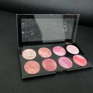 Makeup Revolution Blush Queen Pallete