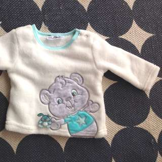 Size 4-6 month Baby Winter Fluffy Top