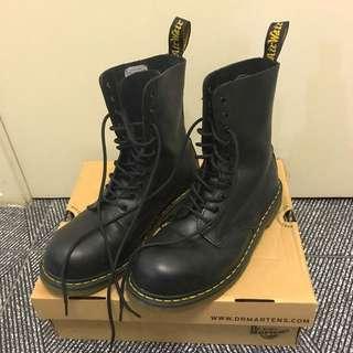 Men's Dr. Martens Black Boots US 11
