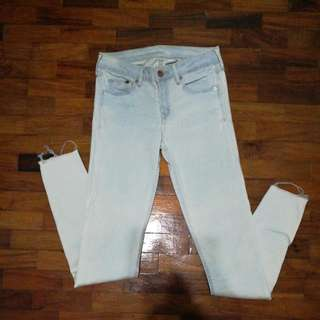 H&M Lightwashed Skinny Jeans