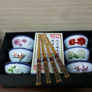 瓷碗6個+竹筷4雙