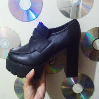 H&M Old School Heels