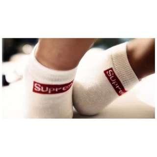 SUPREME 船型短襪 薄襪