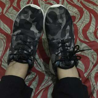 Authentic Nike Shoes Roshe