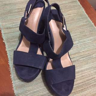 wedges stradivarius