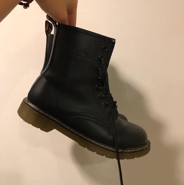 size:23.5 馬丁鞋