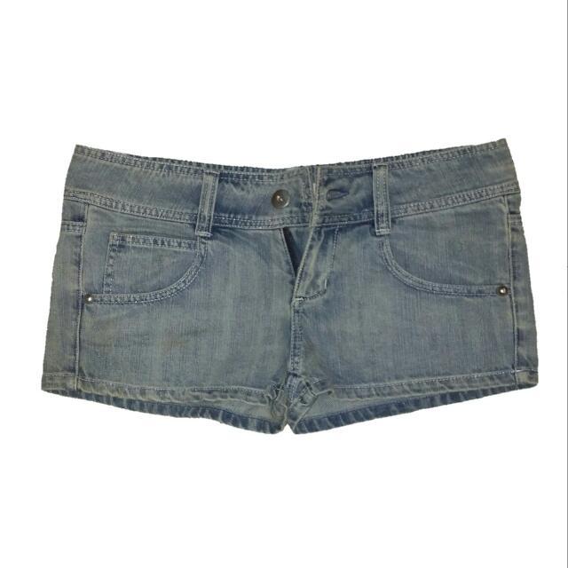 "#百元全新女裝 (新的沒穿過) ""NET""denim shorts 仿舊淺藍牛仔短褲(低腰款) washes denim shorts"