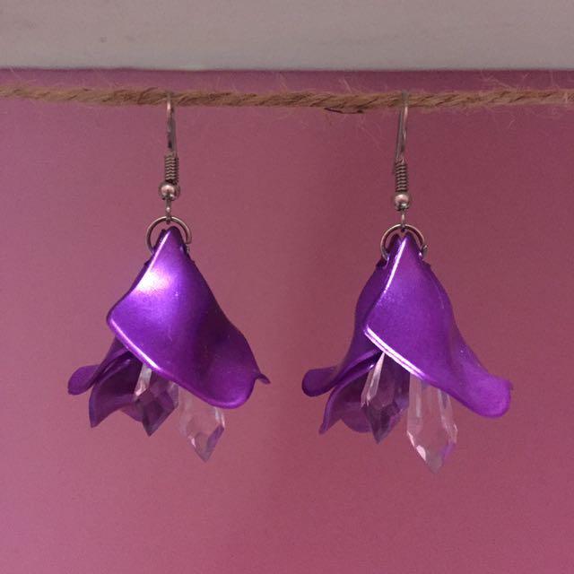 Anting Bunga (earrings)