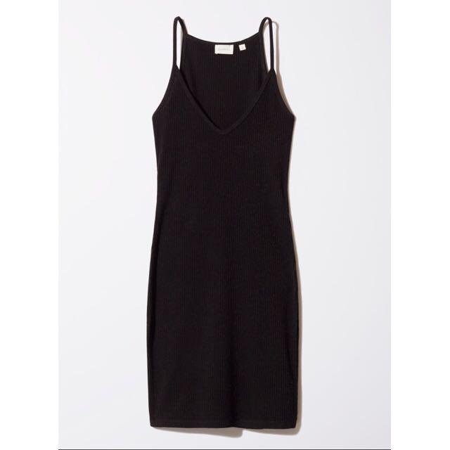 Aritzia Black Ribbed Dress