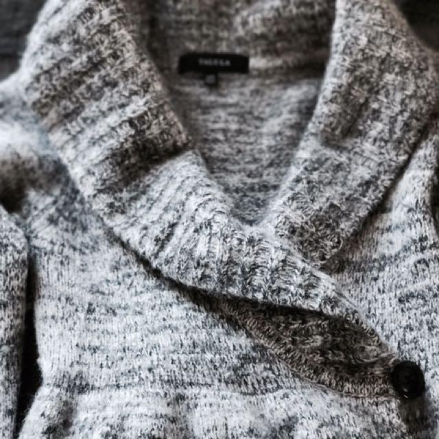 Aritzia Talula Mulberry Sweater