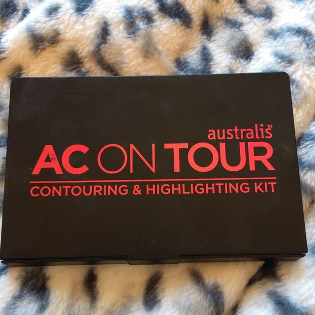 Australia AC On Tour Contour And Highlight Kit