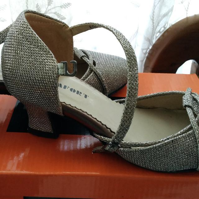 Ballroom Dancing Shoes - Size 7