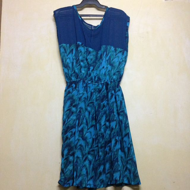 Blue Sleeveless Chiffon Dress