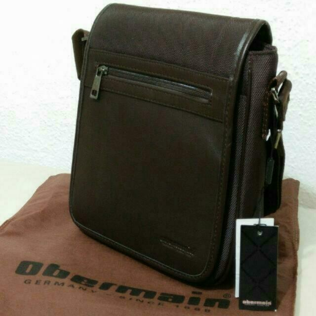 BNWT Obermain Messenger Bag Casual Bag b1b3cbf41a