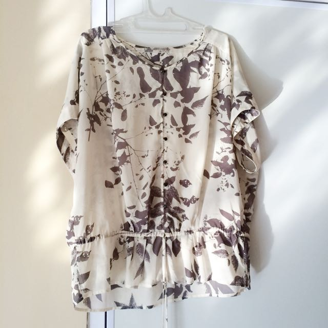 Bossini Style Ladies Batwing Floral Top