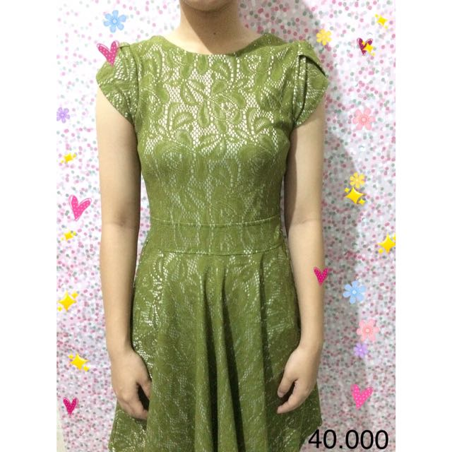 Brukat Green Dress