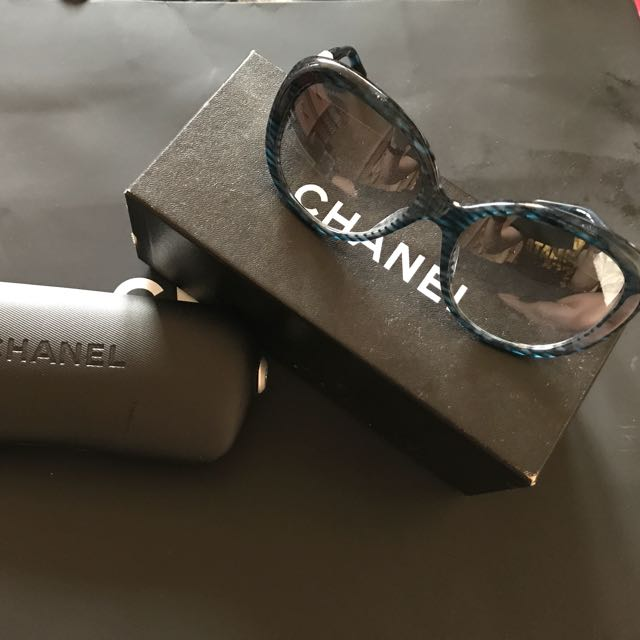 3b0a8be12f Chanel Sunglasses 💯authentic Come With The Case And The Box ...