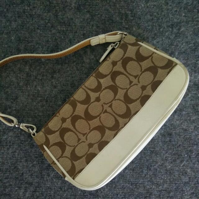 Coach small purse / Wristlet