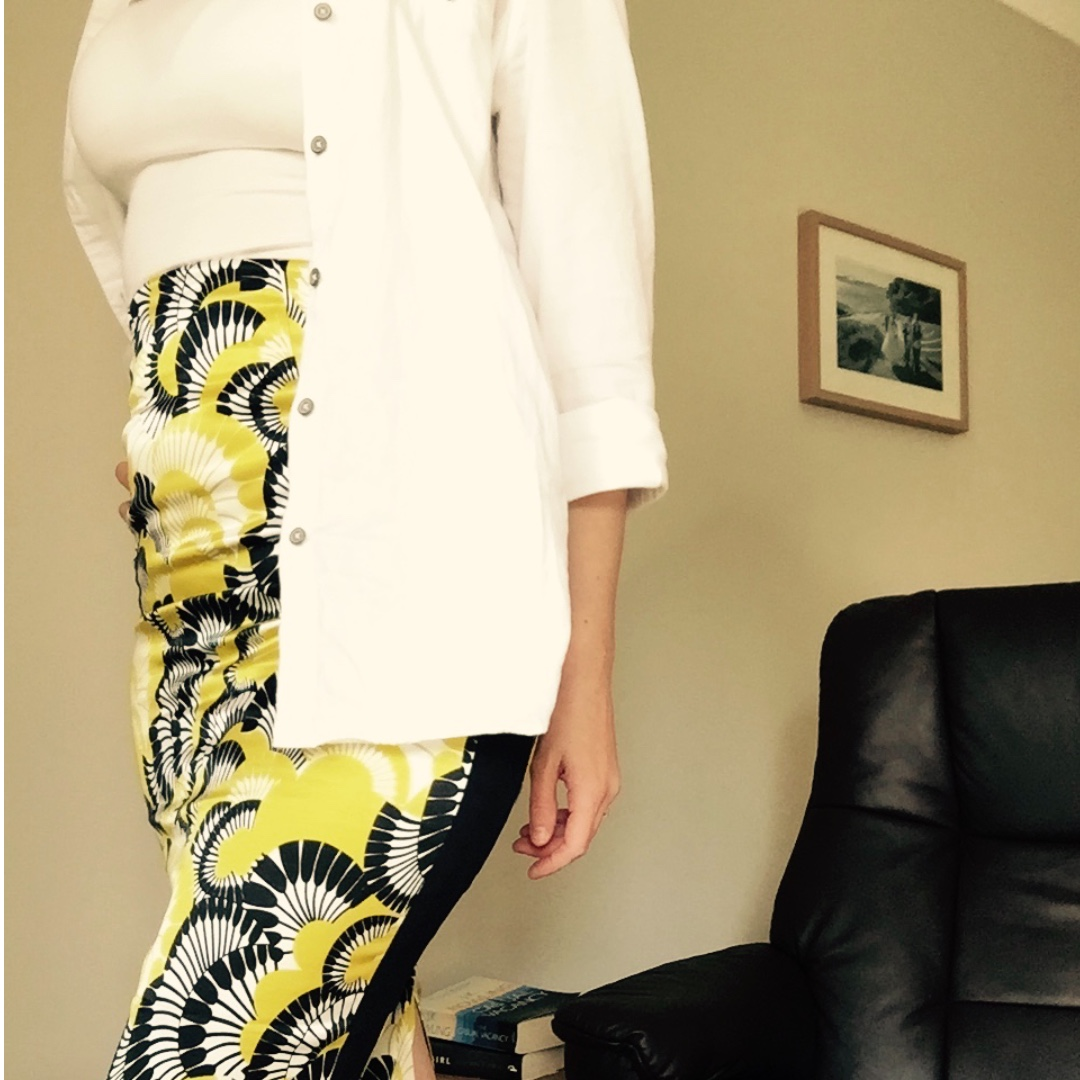 Cue High Waisted Pencil Skirt