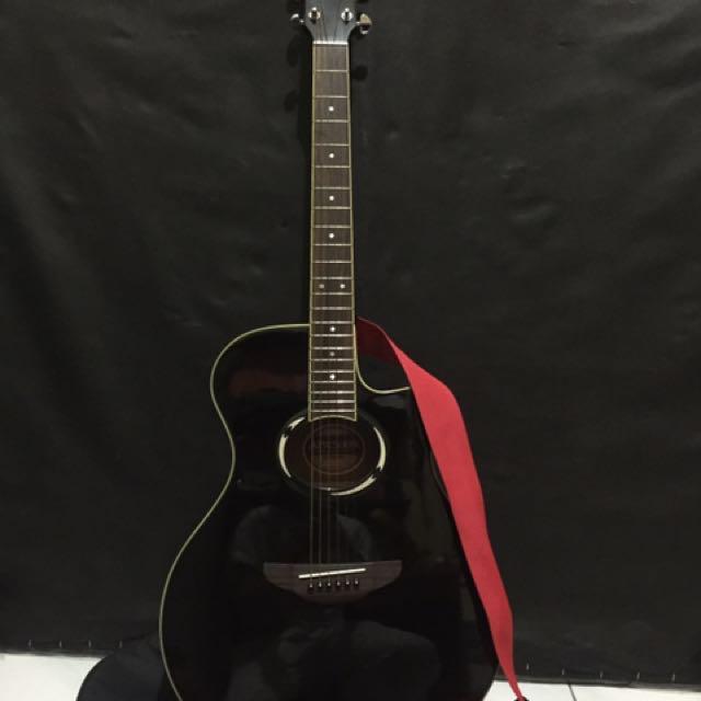 Gitar Accoustic Yamaha