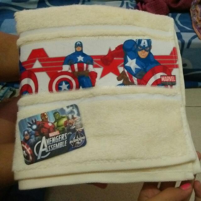 Handuk Marvel