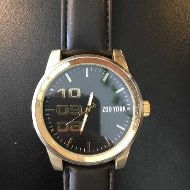 Large Face Gold Zoo York Watch