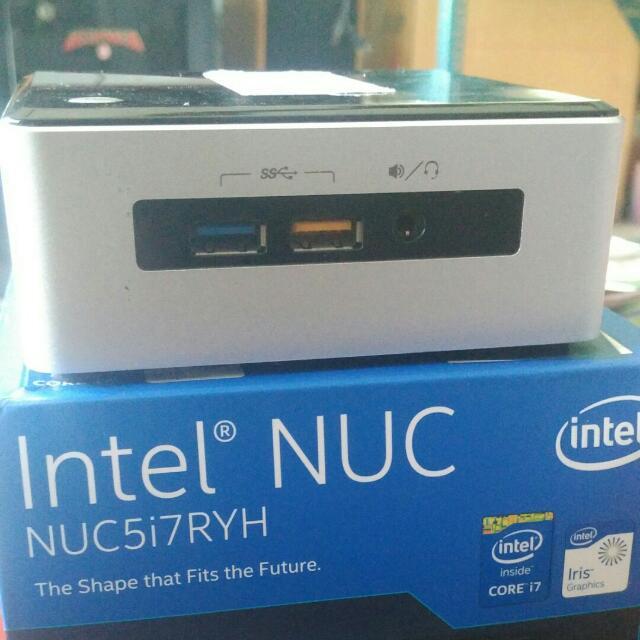 Mini PC Intel NUC5i7RYH