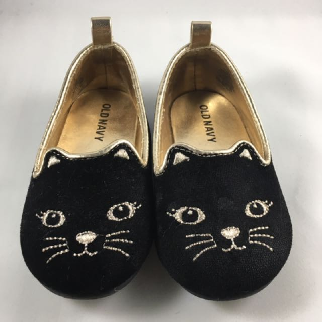 Old Navy Cat Shoes 12-18 Months