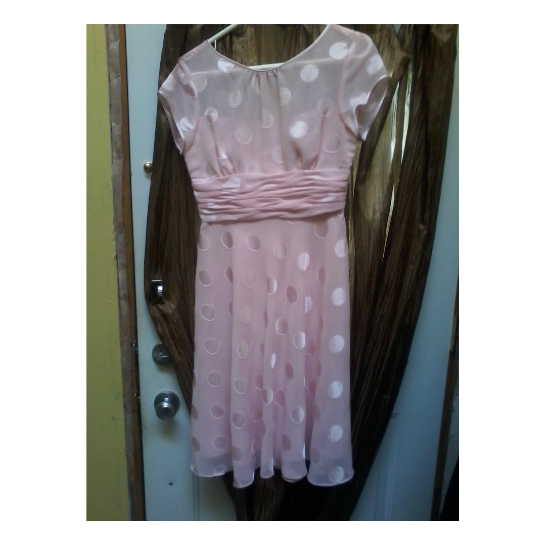 Pink dotted dress Size P6