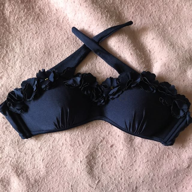 River Island 36 on tag Fits 34-36B/C Never worn P150
