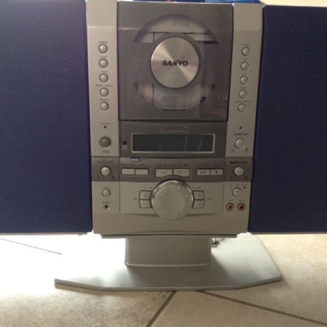 Sanyo CD Players Cum Radio