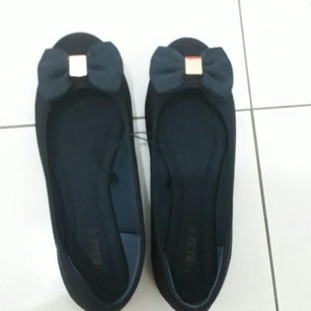 Sepatu Vnc New