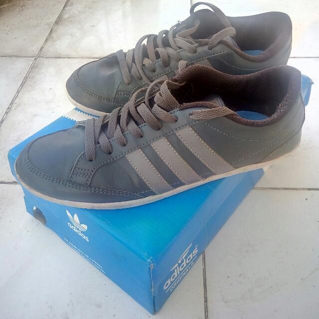Sepatu/sneakers Adidas Neo Caflaire