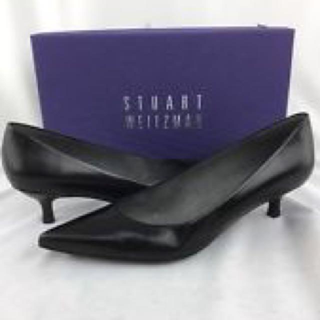 Size 9  Never worn (still in box) STUART WEITZMAN Black Leather Pumps