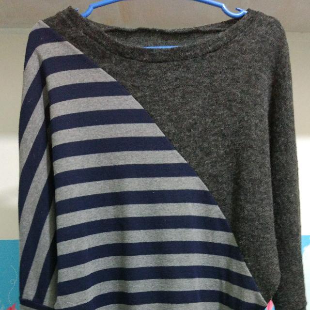 sweatshirt/off-shoulder