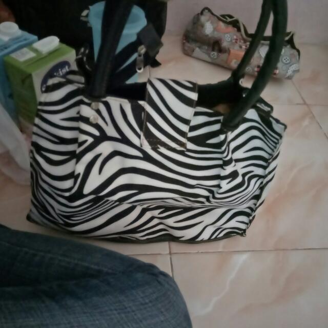 Tas Zebra No Minus.  harga 50rb