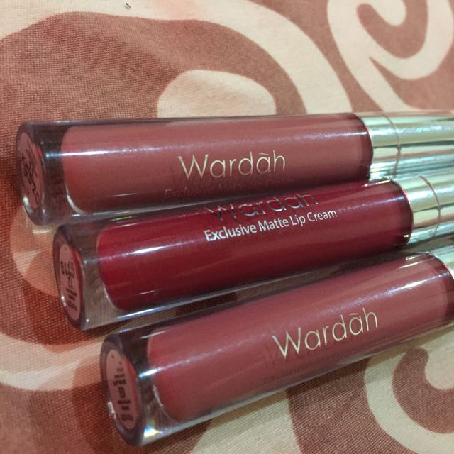 Wardah Exclusive Lip Matte Cream