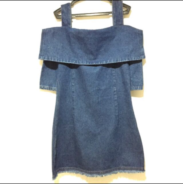 ZUCCOS JEANS Denim Cold Shoulder Dress
