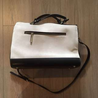 Zara White/Black Handbag