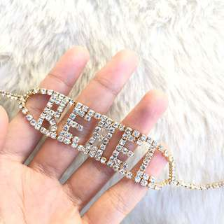 REBEL RHINESTONE CHOKER NECKLACE IN GOLD PLATED