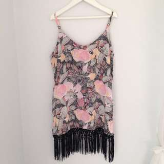 Patterned Singlet With Black Tassels