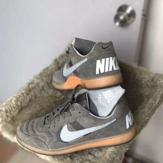 Nike Tiempo 94 OG sneakers