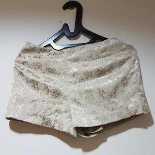 Forever21 Shorts Bunga Bungan Small