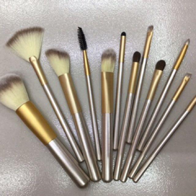 12pcs. Champagne Color Brush Set