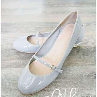 (二手平讓)韓國靚靚灰色珍珠後踭平底鞋 只穿一次