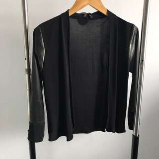 PRELOVED - BLACK CARDIGAN