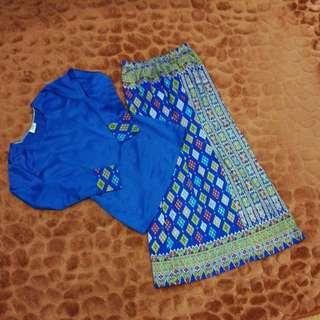 baju kurung kaleerful biru