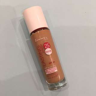 Rimmel Lasting Finish 25HR Foundation